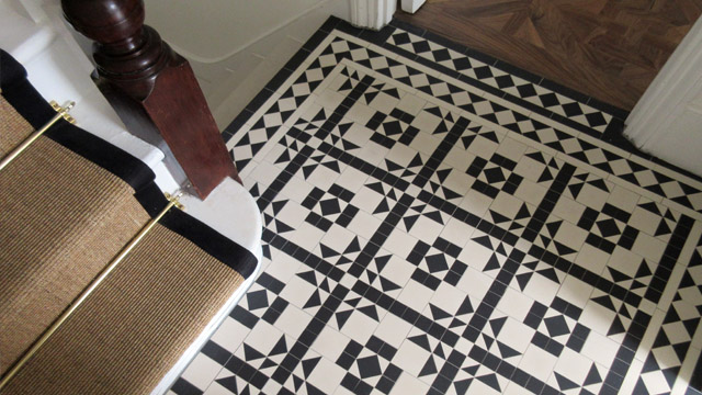 Decorative Georgian mosaic hall floor tiles