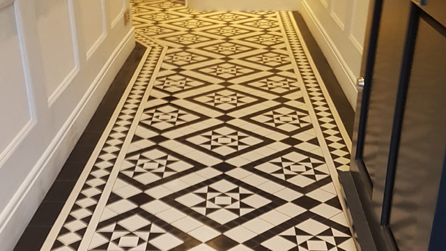 Georgian Black and White hallway tiles