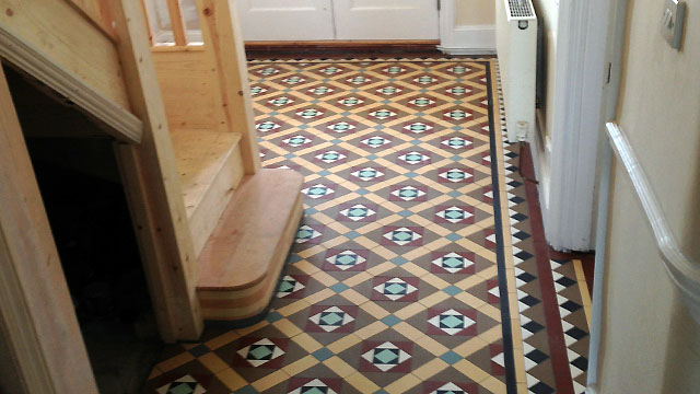 Reproduction Victorian Hall Floor Tile Design 4