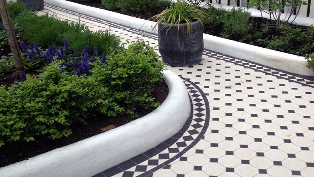 Classical Georgian Black and White Octagon Tiles