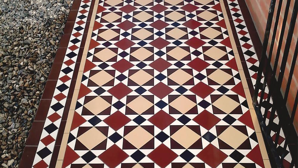 Classic Victorian path tile design